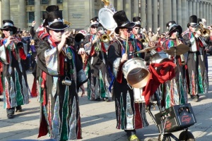 carnival-parade-costumes