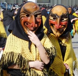 carnival-parade-masks